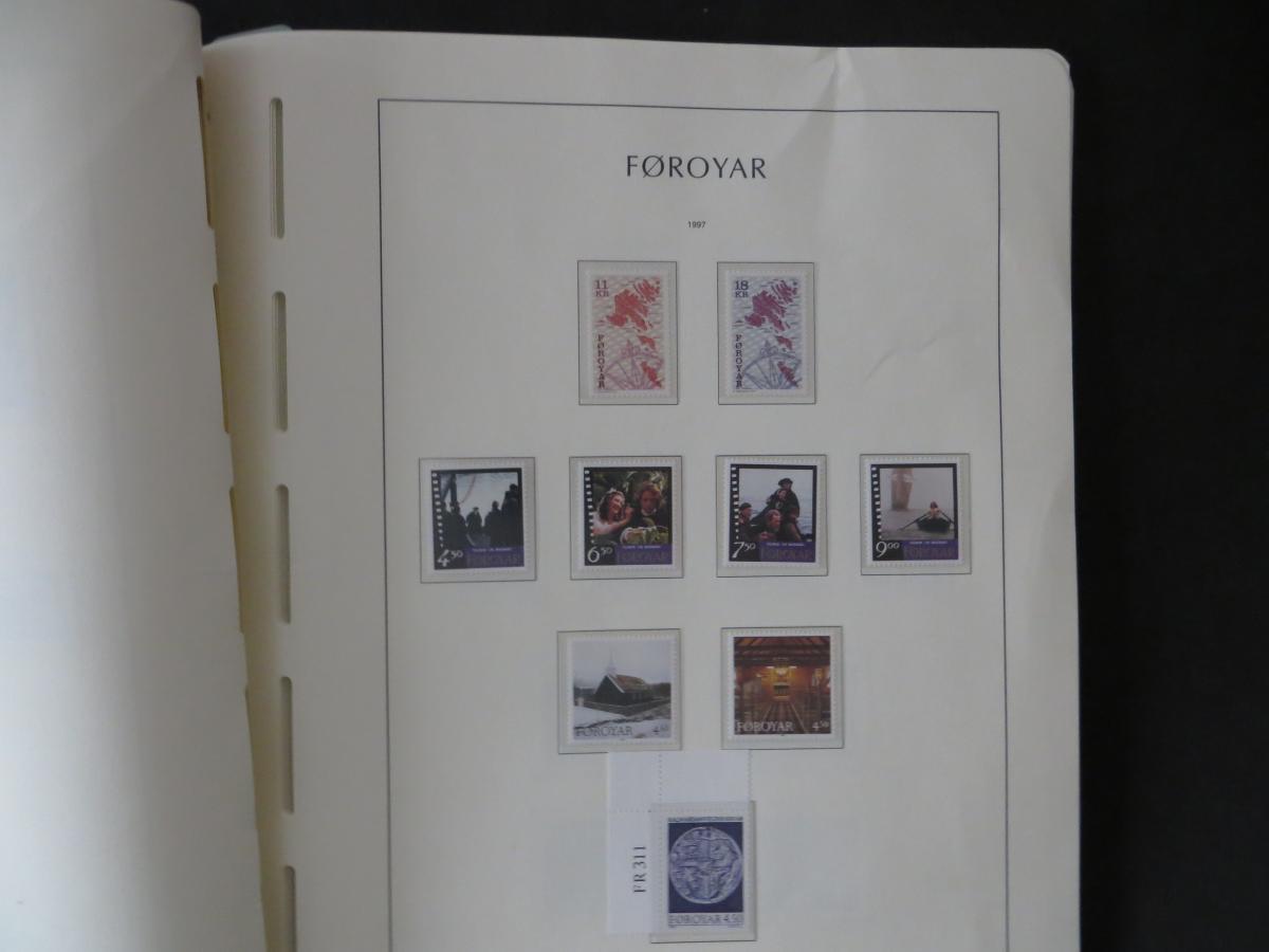Färoer Luxus Sammlung 1975-1997 komlett posstfrisch auf Vordrucken Kat. 540,00 42