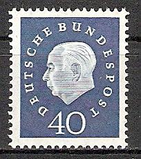 BRD 305 ** Bundespräsident Heuss (2015394)