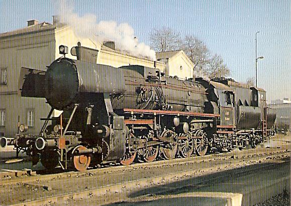 AK Güterzug-Dampflokomotive BR 52 4867 in Graz im Köflacher Bahnhof (1181)