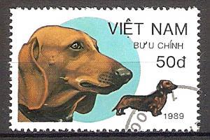 Briefmarke Vietnam Mi.Nr. 2074 o Hunde 1989 Motiv: Hunde - Dackel (#10088)