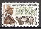 Briefmarke Dahomey Mi.Nr. 202 o Menschen aus Dahomey 1963 Motiv: Tiere / Landwirtschaft - Hirte mit Rinderherde (#10134)
