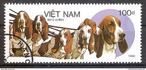 Briefmarke Vietnam Mi.Nr. 2077 o Hunderassen 1989 Motiv: Hunde - Basset (del1#0015)
