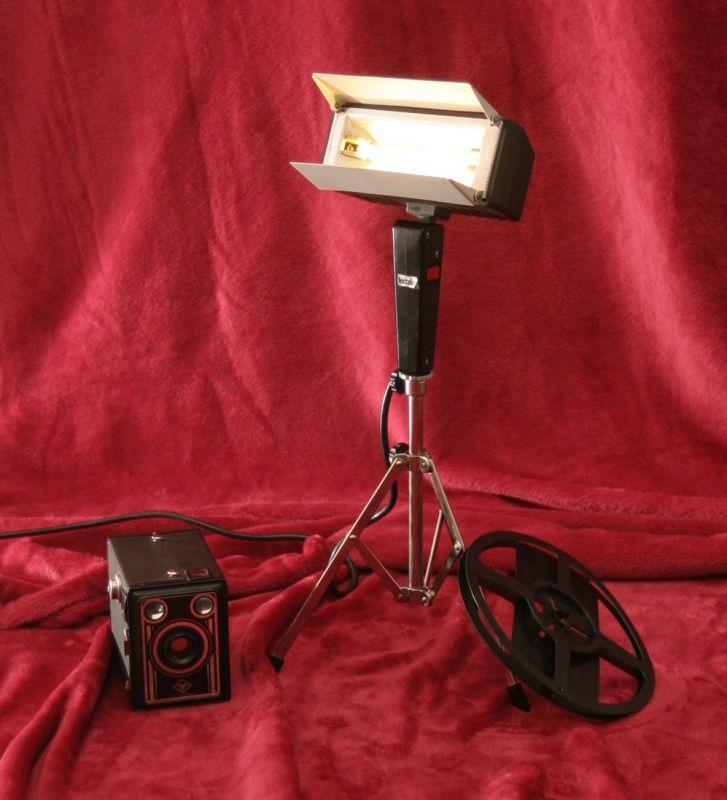 DIY Upcycling LED Film Lampe auf Stativ Vintage Retro Leuchte Stehlampe
