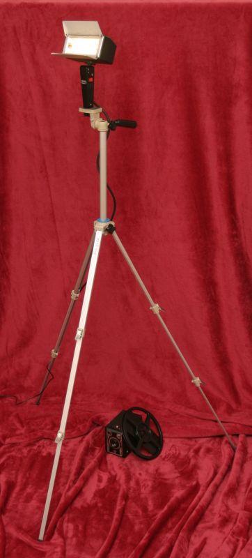 DIY Upcycling LED Film Lampe auf Stativ Vintage Retro Leuchte Stehlampe 1