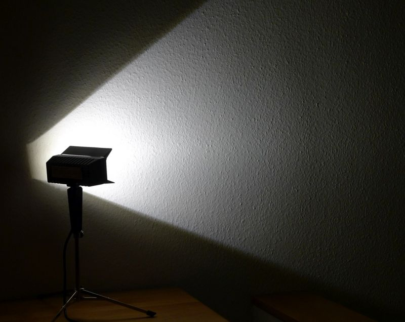 DIY Upcycling LED Film Lampe auf Stativ Vintage Retro Leuchte Stehlampe 4
