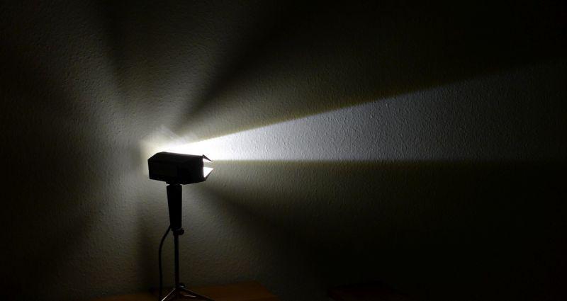DIY Upcycling LED Film Lampe auf Stativ Vintage Retro Leuchte Stehlampe 6