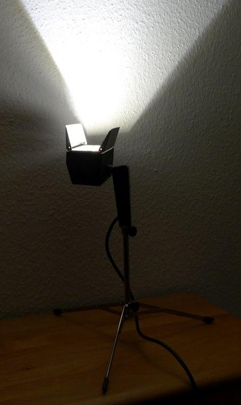DIY Upcycling LED Film Lampe auf Stativ Vintage Retro Leuchte Stehlampe 7