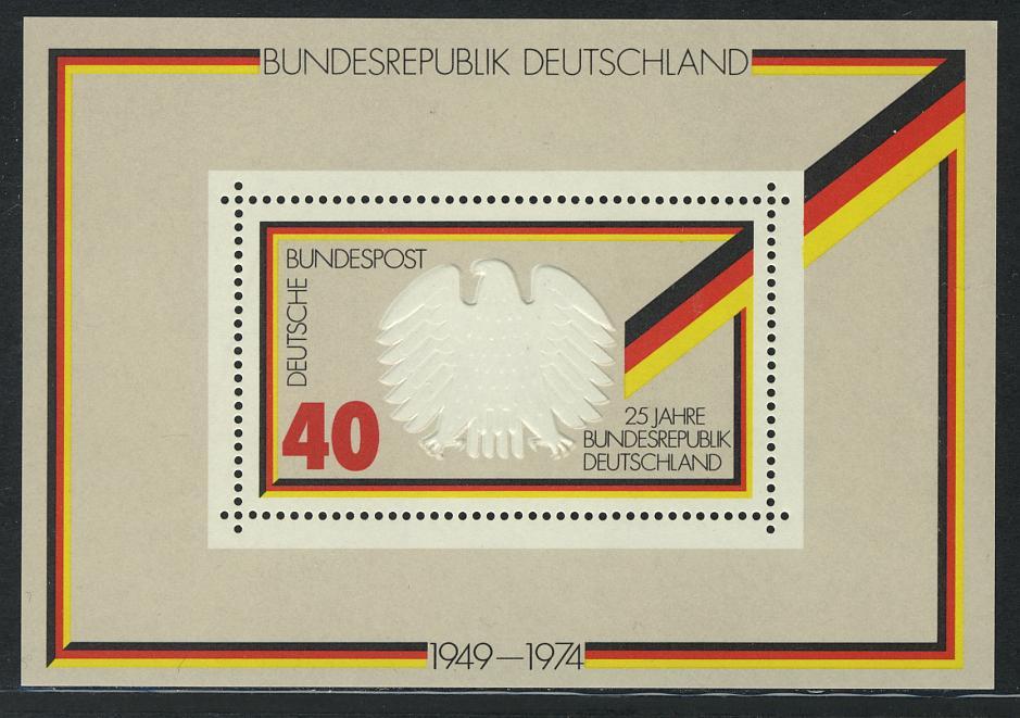 Block 10 - 25 Jahre Bundesrepublik, ** postfrisch 0