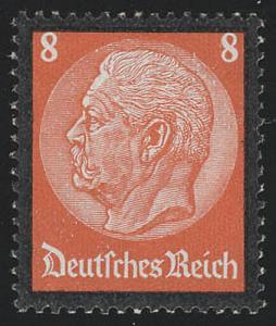 551 Hindenburg Trauerrand 8 Pf **