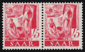 219II Freimarke 45 Pf mit PLF II Kleiderbügel über der Knien der Bäuerin, **