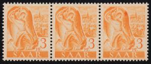 207II Freimarke 3 Pf. 3er-Streifen PLF II Fleck rechts am Höhlenrand, Feld 50 **