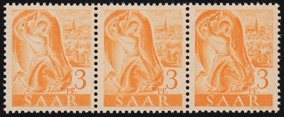 207IV Freimarke 3 Pf. als 3er-Streifen mit PLF IV gebogener Strich, Feld 58 ** 0