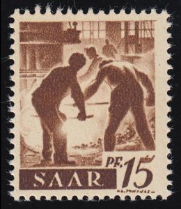 212V Freimarke 15 Pf mit MICHEL-PLF V linker Arbeiter ohne Knie, Feld 9 **