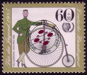 1243 Jugend Historische Fahrräder 60+30 Pf O