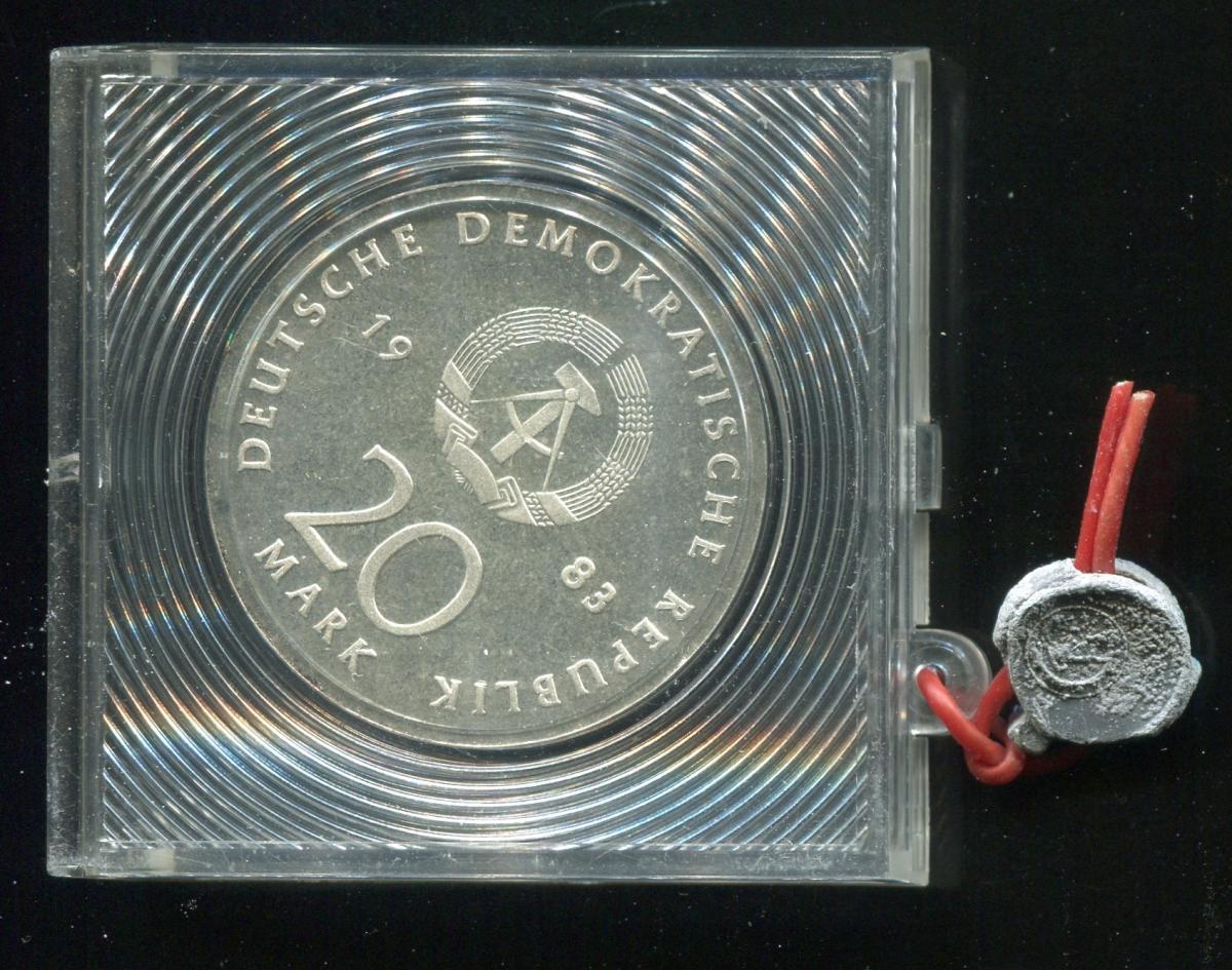 DDR Gedenkmünze 20 Mark Luther, 1983, Spiegelglanz PP in verplombter Kapsel 1