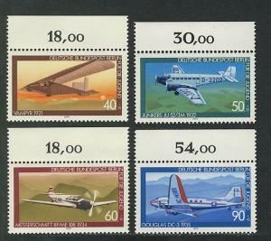 592-595 Jugend Luftfahrt 1979, Oberrand, Satz **