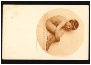 Künstler-Ansichtskarte Lotte Herrlich: Mädchen mit Haarkranz, HOF/SAALE 12.1.34