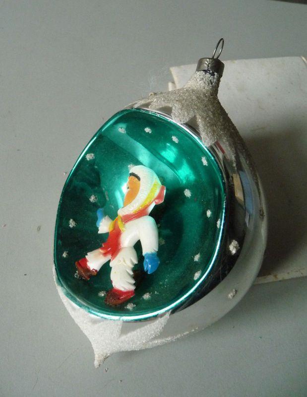 Christbaumkugel Weihnachtsbaum-Schmuck Kunststofffigur Junge / Glaskunst Lauscha