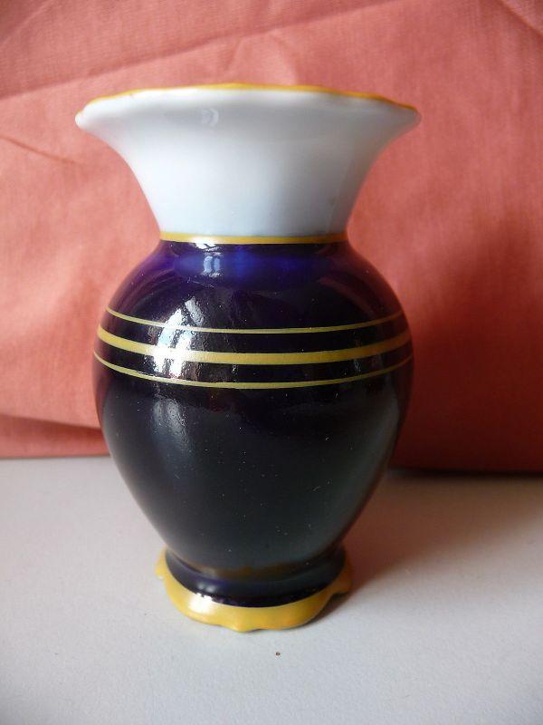 Kleine Vase Blumenvase kobaltblau / PM Martinroda Porzellan