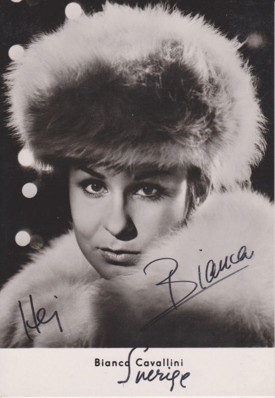 Autogrammkarte Bianca Cavallini / Schlagersängerin DDR Foto 1966 handsigniert