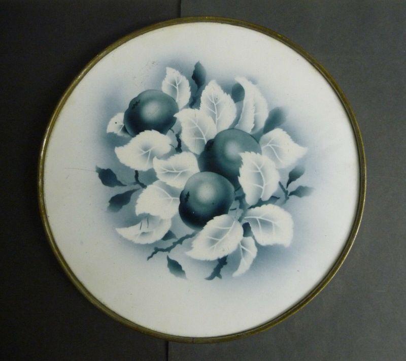 Kuchenplatte mit Spritzdekor Obstmotiv blau