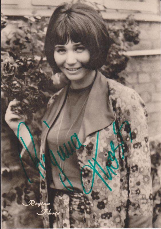 Autogrammkarte Regina Thoss / Schlagersängerin DDR Foto signiert