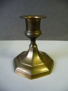 Kleiner Kerzenständer Kerzenhalter Metall einflammig