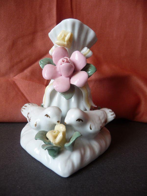 Kleine Vase Figur Blumen und Vögel Deko aus Porzellan