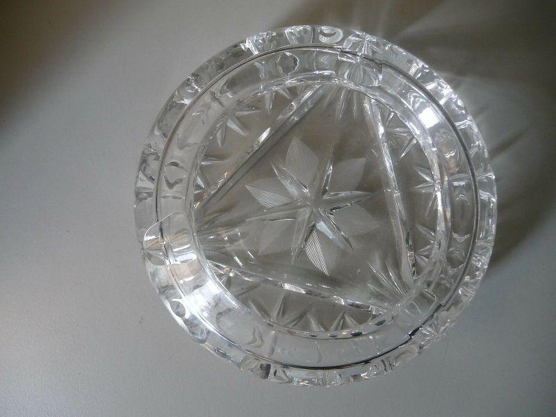 Schöner Aschenbecher Glas Kristall rund 1