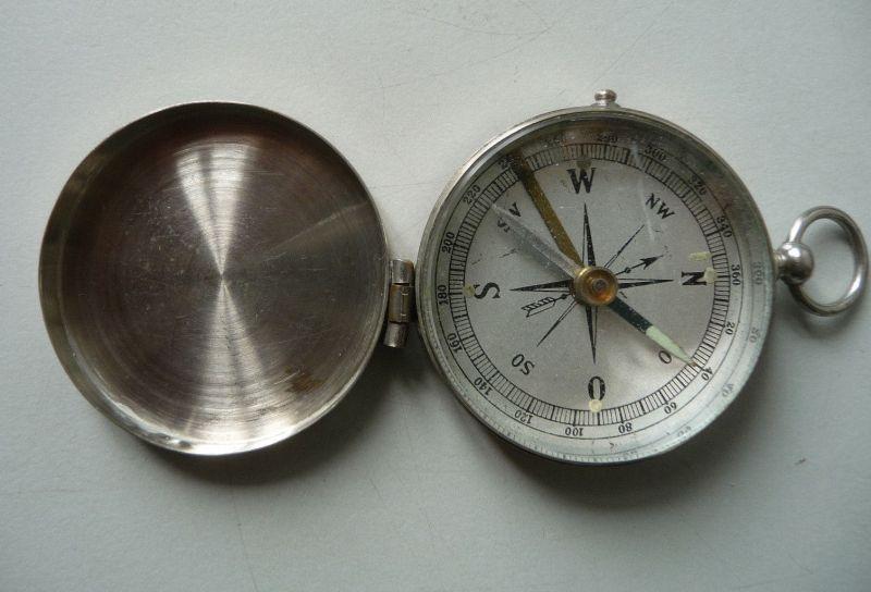 Kleiner verschließbarer Kompass Feldkompass