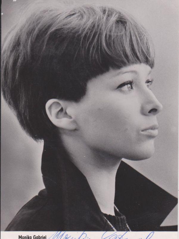 Autogrammkarte Monika Gabriel / Schauspielerin DDR Foto signiert