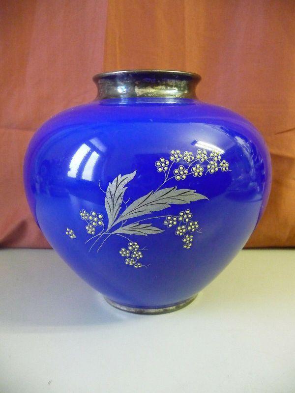 Blaue Vase mit Metallauflage Blumendekor / Alka Kunst Porzellan