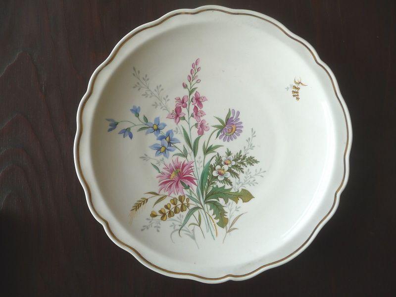 Großer Zierteller mit Blumendekor / Weimar Porzellan