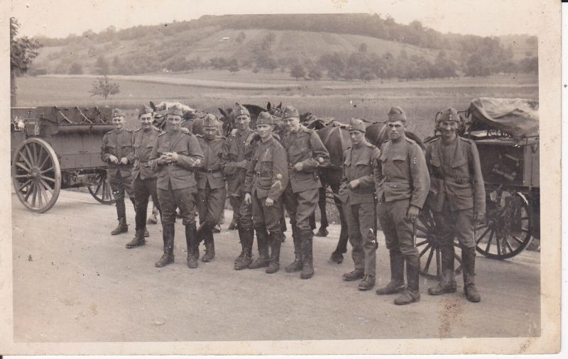Orig. Foto Soldaten Gruppe mit Wagen Kutsche / Pommerening Kloten Schweiz