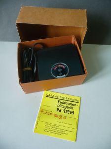 Elektronenblitzgerät N 128 / VEB Elgawa Plauen DDR