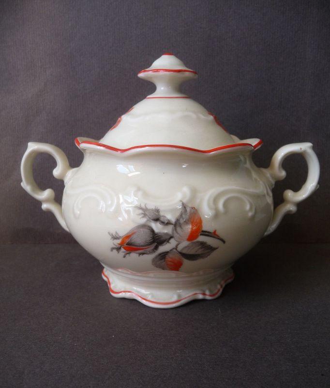 Kleine Deckeldose Zuckerdose Elfenbeinfarbe Blumendekor / Schumann Porzellan