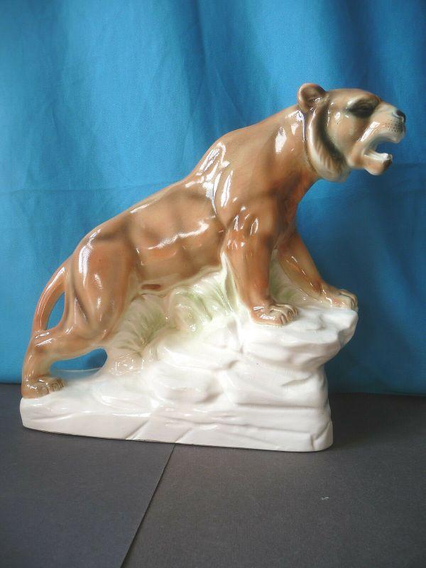 Große Keramikfigur Puma Berglöwe