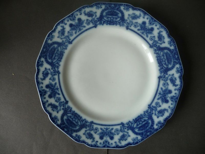 Zierteller Teller mit Kobaltmuster / Hutschenreuther Hohenberg Porzellan