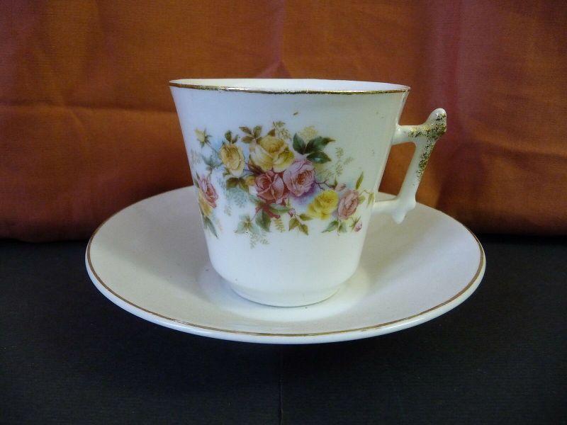 Tasse Kaffeetasse mit Untertasse Blumendekor