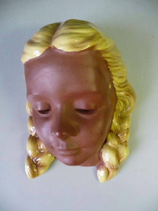 Wandmaske Frauenkopf Mädchen braun / Cortendorf Keramik
