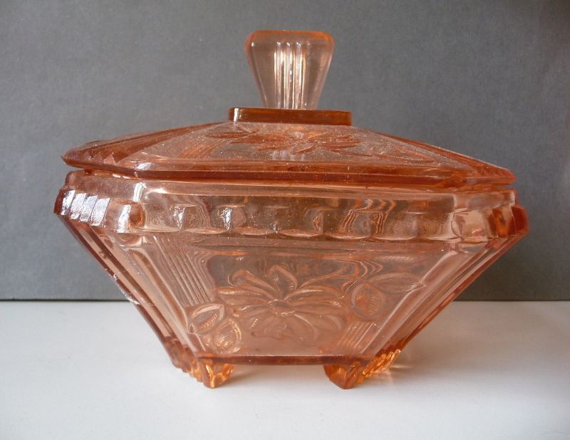 Schöne Glasdose Deckeldose Schüssel pfirsichfarben