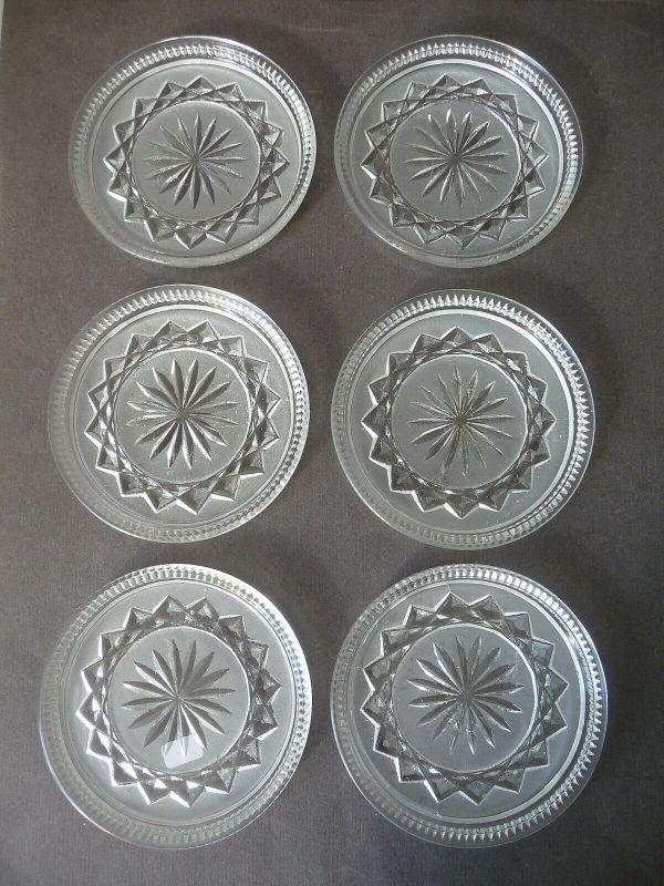 6 Untersetzer aus Glas rund Schliffdekor