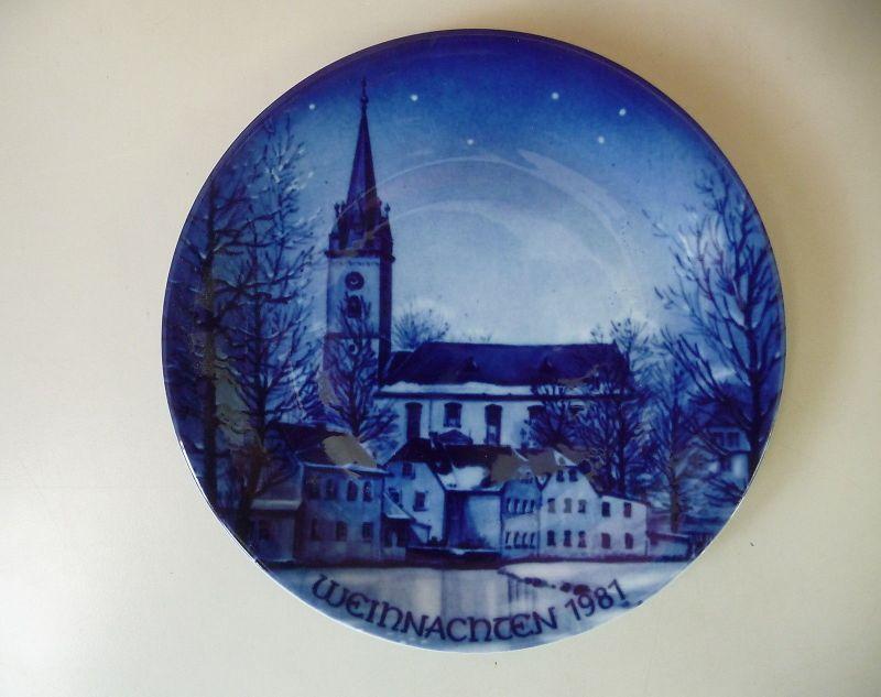 Weihnachtsteller Porzellan Kobalt Gumbertuskirche Schwarzenbach a.S. / Kronester