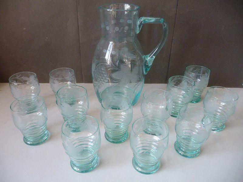 Set Karaffe + 12 Weingläser Schliffdekor Glas