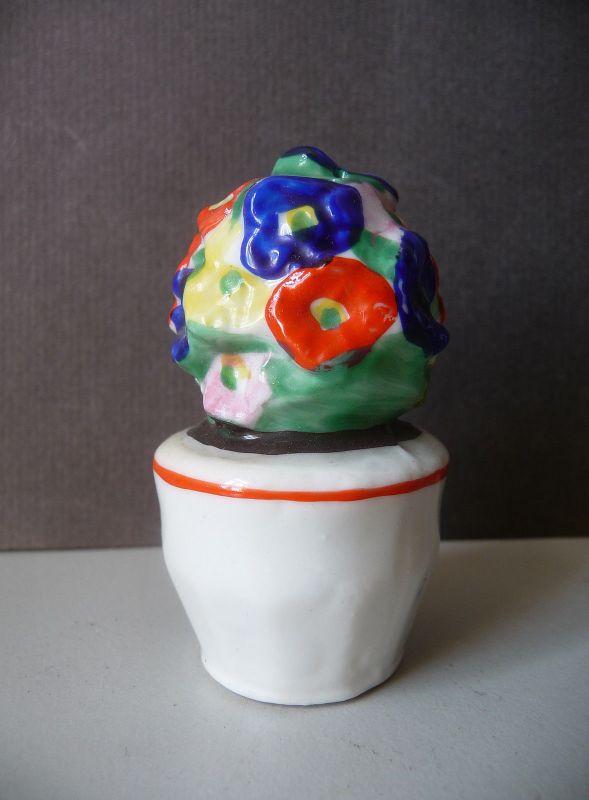 Kleiner Salzstreuer als Blumenstrauß Porzellan