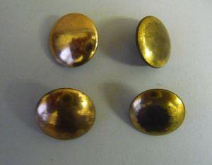Konvolut 4 alte Knöpfe für Uniform goldfarben