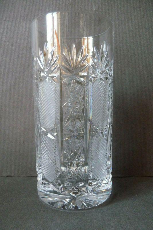 Kristallglas Trinkglas Schliffdekor 14 cm
