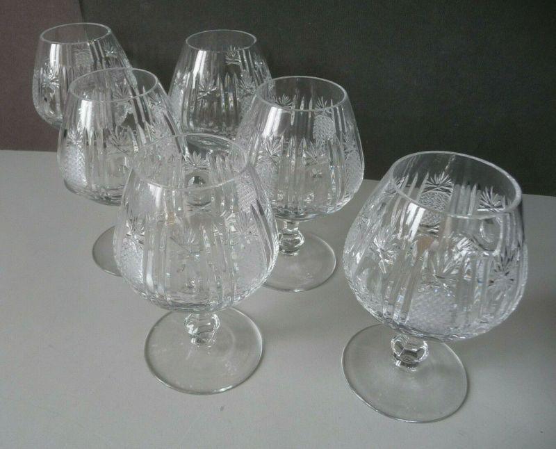 6 kleine Kristallgläser Kelchgläser Weingläser Schliffdekor