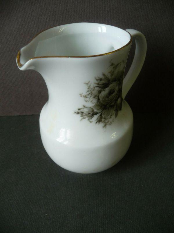Milchkännchen Sahnegießer Schwarze Rose Goldrand / Kahla Porzellan 1