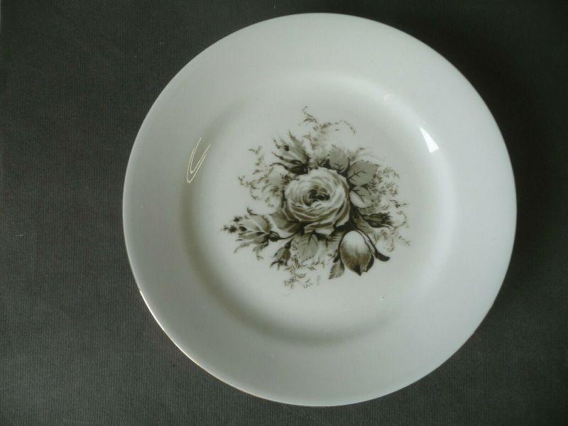 Kleiner Teller für Service Schwarze Rose Goldrand / Kahla Porzellan 1
